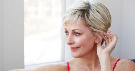 Zmarszczki na szyi – czy krem da sobie radę?